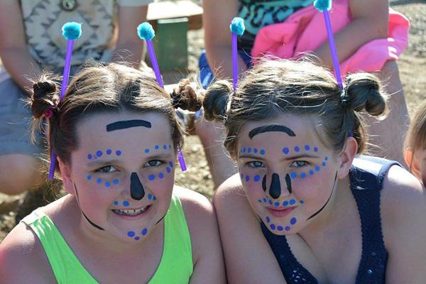 aafa-ak-camp-girls-face-painted