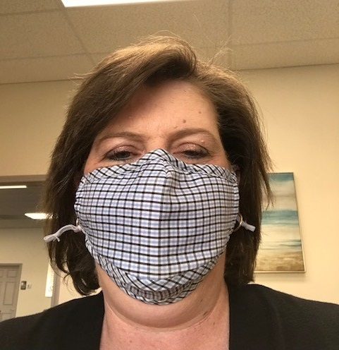 Lynn_Johnson-mask2-asthma-capitals