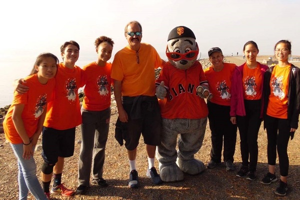 Organizers of the Attack Asthma Run with the San Francisco Giants' mascot, Lou Seal